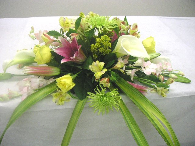 Wedding Head Table Floral Arrangement - California Flower Art Academy